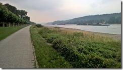 path along Rhein, BB